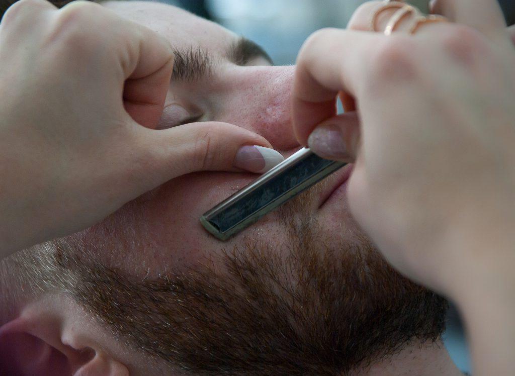 להתגלח מבלי להיפצע 5 טיפים שישנו לכם את החיים