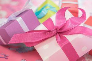 לגבר המתלבט: מתנות לאישה שכל אחת תאהב